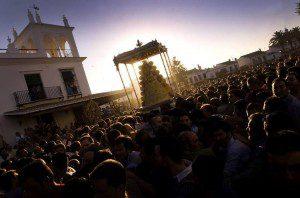 La procesión de la Virgen de El Rocío, al alba Imagen: La Voz Digital